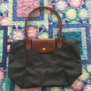 Longchamp Medium Le Pliage Medium Navy Tote